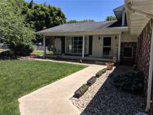 4 Bed 3 Bath Home in The Country : Brazil : Clay County : Indiana