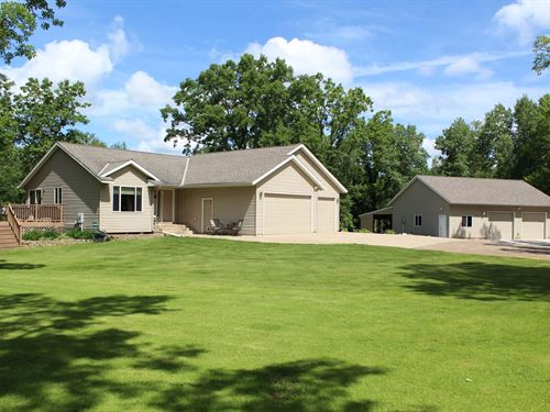 3Br Country Home : Milaca : Mille Lacs County : Minnesota
