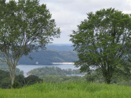 1 Acre, Spectacular Lake View : Celina : Clay County : Tennessee