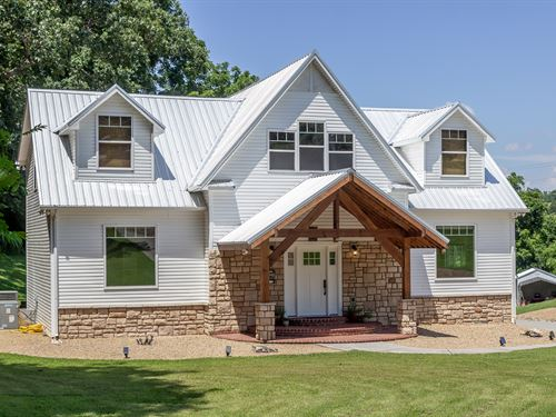 Cherokee Lakefront Home With Dock : Morristown : Hamblen County : Tennessee