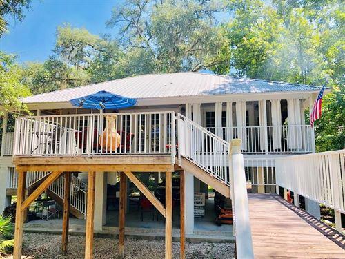 Suwannee River House Between Bell : Branford : Suwannee County : Florida