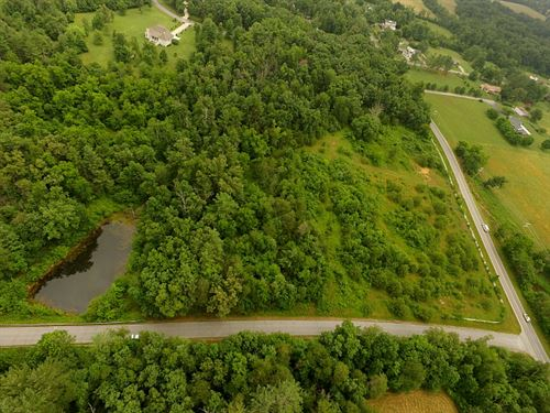 9.70 Acres, Stocked Pond, Level : Crossville : Cumberland County : Tennessee