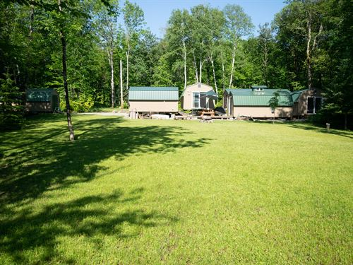 Lakefront Glamping Property Maine : T5 R7 Wels : Penobscot County : Maine