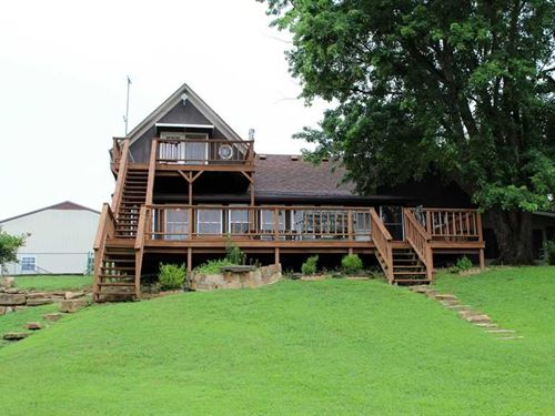 Big Hill Lake House With Acreage : Cherryvale : Labette County : Kansas