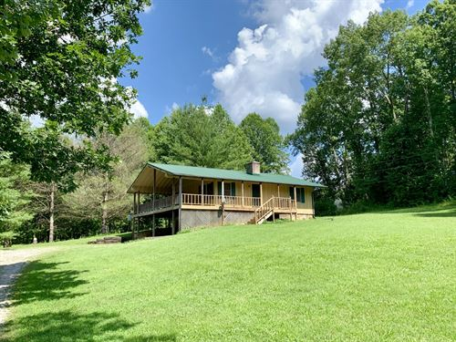Home On 3 Acres Near I-40 : Cookeville : Putnam County : Tennessee