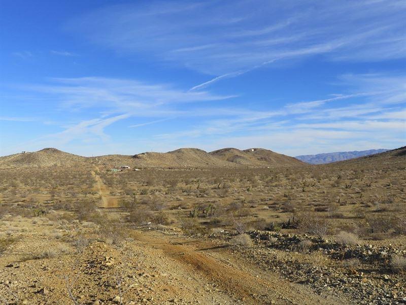 10 Acres Corner Lot, Great View : Yucca Valley : San Bernardino County : California