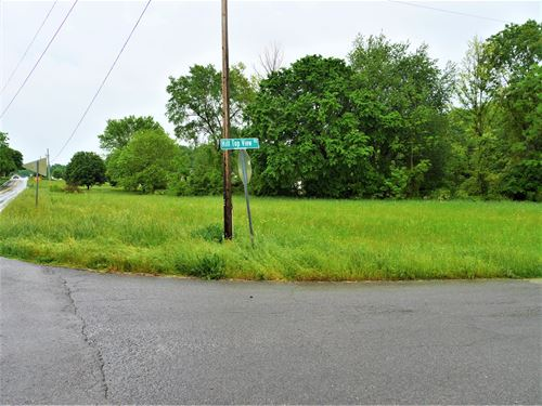 Beautiful Half Acre Lot on Hwy 90 : Summer Shade : Metcalfe County : Kentucky