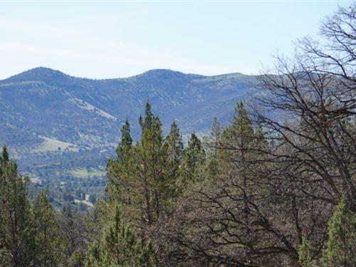 Bring Your Camper-Klamath River Lot : Montague : Siskiyou County : California