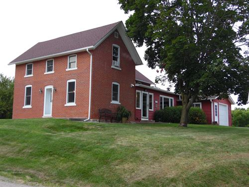 Historic Two Story Country Home : Galena : Jo Daviess County : Illinois