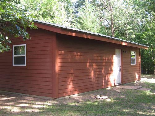 Cabin Lake Palestine Neighborhood : Bullard : Cherokee County : Texas