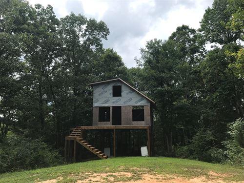 Chalet On Little Black Creek, 14 Ac : Margert : Saint Clair County : Alabama