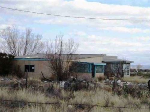 Fixer-Upper Home McIntosh Torrance : McIntosh : Torrance County : New Mexico