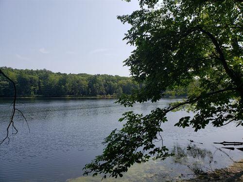 Hudson River Frontage : Queensbury : Warren County : New York