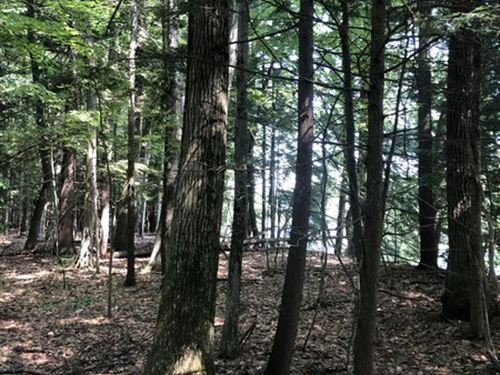 Building Lot Near The Hudson River : Queensbury : Warren County : New York