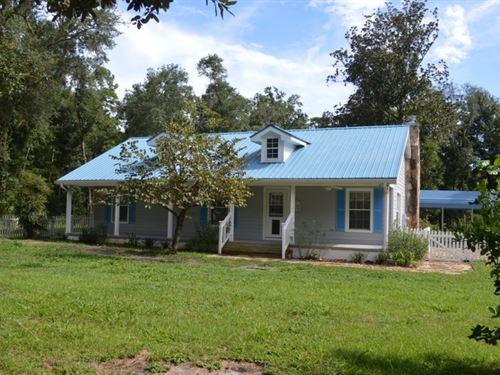 Nature Lovers Paradise : Live Oak : Suwannee County : Florida