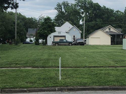 Residential Lot in Chanute KS : Chanute : Neosho County : Kansas