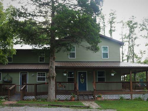 Country Farm House Acreage : Jamestown : Moniteau County : Missouri