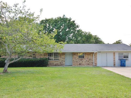 Home on Acreage in Buffalo, TX : Buffalo : Leon County : Texas