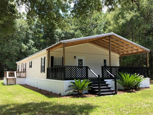 Country Home Completely Renovated : McAlpin : Suwannee County : Florida