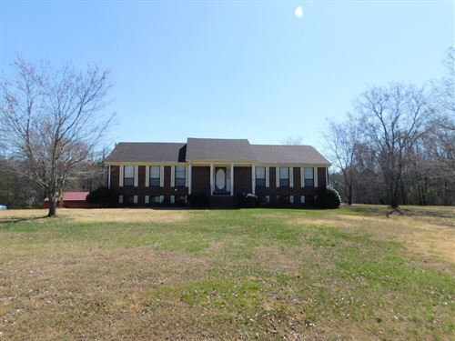 5 Bedroom Home Acreage & Basement : Beech Bluff : Chester County : Tennessee