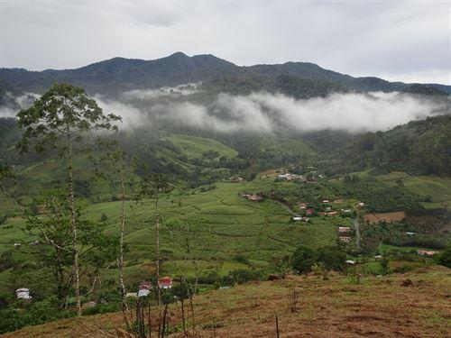 Mountain Home Site And Farm : La Suiza De Turrialba : Costa Rica