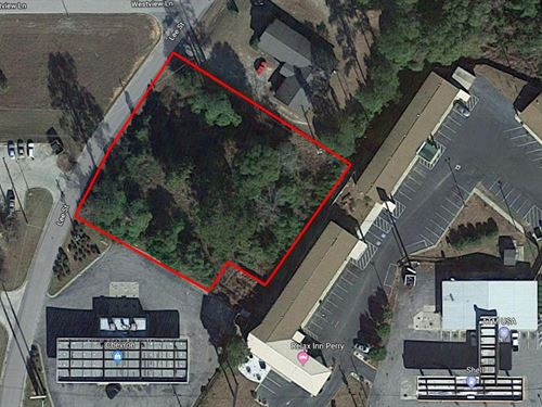 Prime Commercial Lot : Perry : Houston County : Georgia