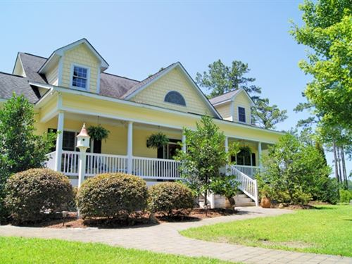 Country Living At Its Best : Belhaven : Beaufort County : North Carolina