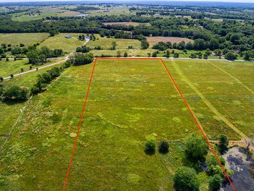 Beautiful 12 Acres With Pond : Kearney : Clay County : Missouri