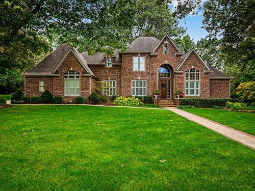 Custom Built Estate Home Private : Harrison : Boone County : Arkansas