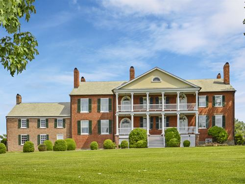 Historic Mansion & Pastoral Views : Glasgow : Rockbridge County : Virginia
