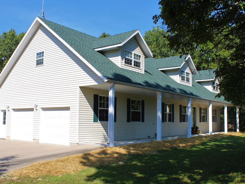 Country Home In The Ozarks : Mansfield : Douglas County : Missouri