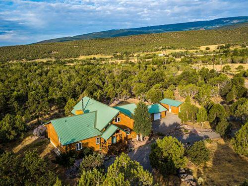 Western Colorado Log Home 10 Wooded : Cedaredge : Delta County : Colorado
