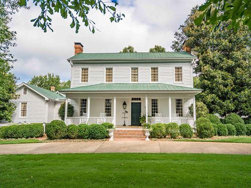 The Samuel Hanson House, Circa 1816 : Madison : Morgan County : Georgia