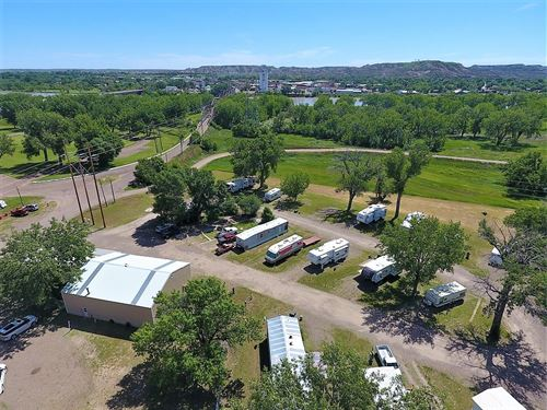 23 Unit RV Mobile Home Park Shop : Glendive : Dawson County : Montana