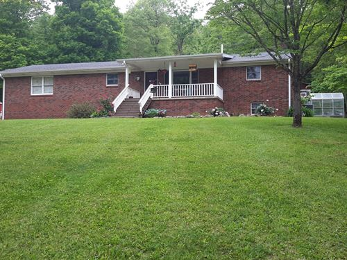 Hobby Farm/Brick Home/2 : Bethelridge : Casey County : Kentucky