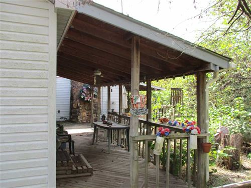 Home on 2 1/2 Acres Quiet Country : Ozark : Christian County : Missouri