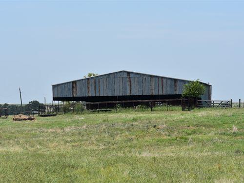 11 Acres Near Austin With Barn : Coupland : Williamson County : Texas
