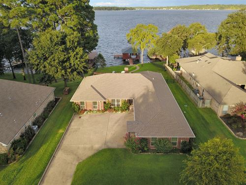 Lake Palestine Waterfront Home : Frankston : Henderson County : Texas
