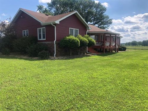 Manicured Hobby Farm, Location : Mountain Grove : Wright County : Missouri
