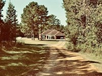 Secluded Home On 3.5 Acres : Foxworth : Marion County : Mississippi