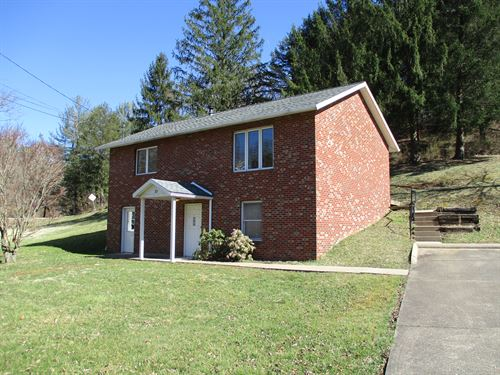 Gorgeous Brick Home Located in Wv : Parkersburg : Wood County : West Virginia