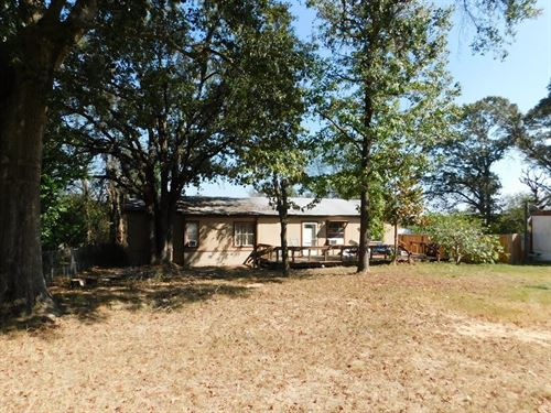 4 Bedroom Fixer Upper Lake : Frankston : Henderson County : Texas