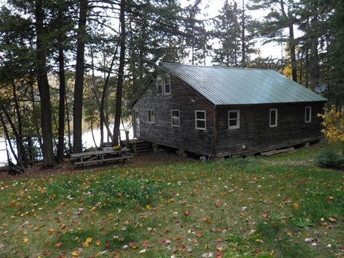 Affordable Waterfront Cottage : Stockton Springs : Aroostook County : Maine