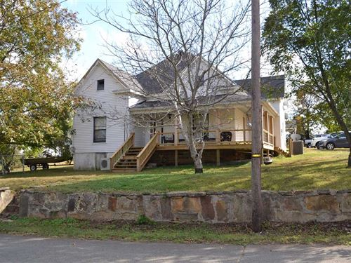 Large Residential Home With Views : Marshall : Searcy County : Arkansas