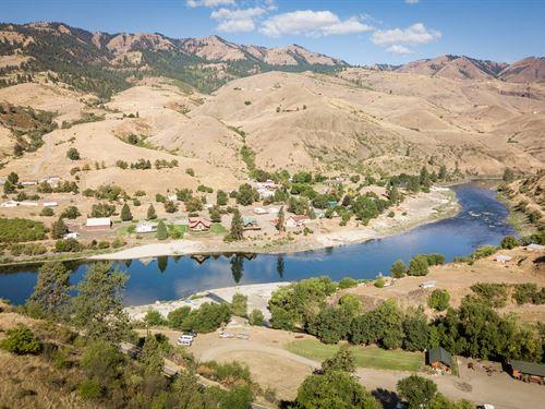 Country Home Overlooking Salmon : White Bird : Idaho County : Idaho