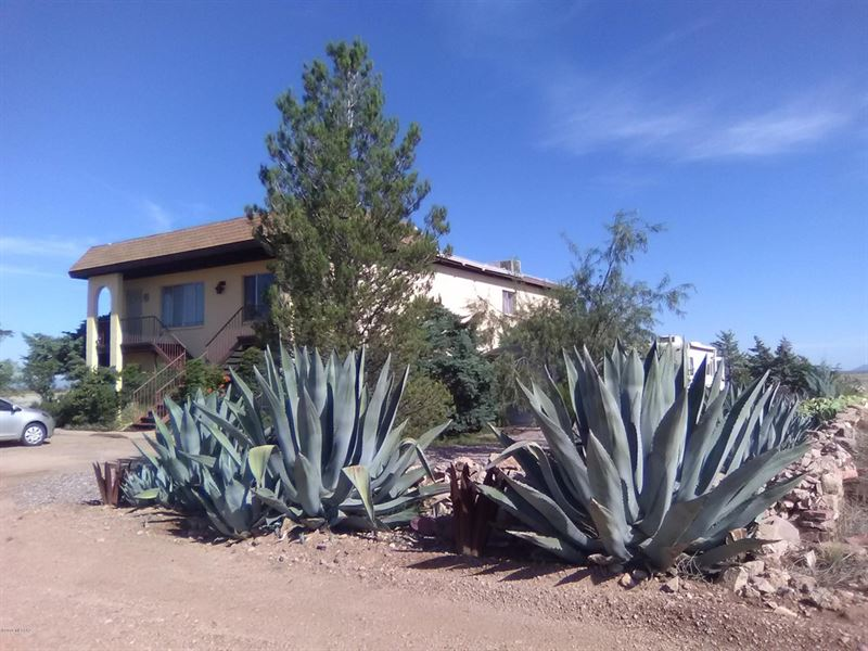 Nice Adjacent Lots, Utils, $125/M : Douglas : Cochise County : Arizona