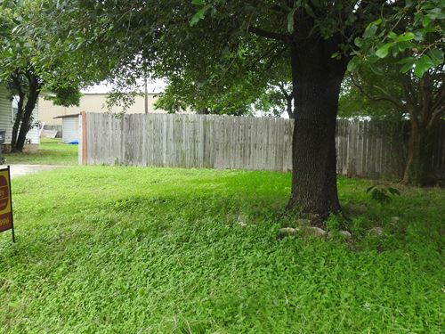Duplex Lot, Temple : Temple : Bell County : Texas