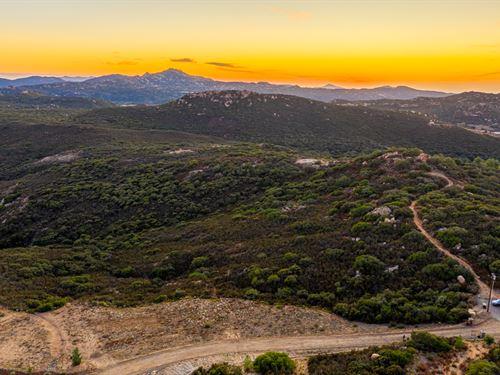 10.81 Acres Japatul Valley : Alpine : San Diego County : California