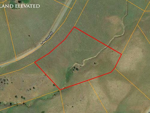 2.81 Acres Property For Sale in CA : Hornbrook : Siskiyou County : California