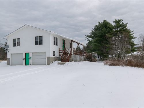 One Floor Country Home Lee, Maine : Lee : Penobscot County : Maine